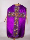 Ornement violet 1 : chasuble, étole