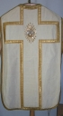 Ornement blanc 3 : chasuble