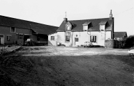 Manoir, actuellement ferme, Launay Québriac (Betton)