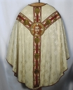 Ornement blanc : chasuble, étole, voile de calice