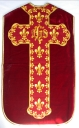 Ornement rouge 3 : chasuble, bourse de corporal, étole, voile de calice