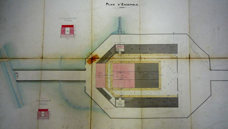 Plan d'ensemble de l'abattoir par Bassac, 1892. AM Vannes 1M197.